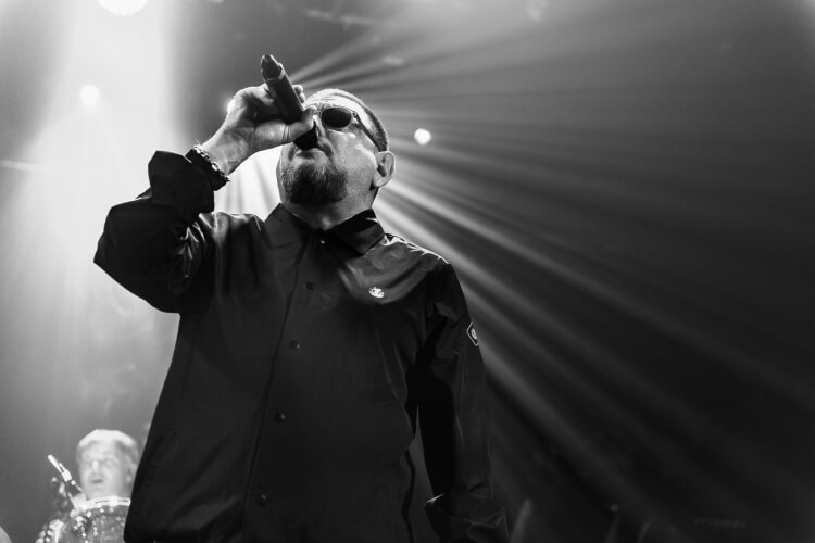 Black-Grape-Electric-Ballroom-071216-006-1-750x500.jpg