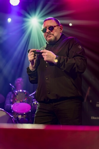 Black-Grape-Electric-Ballroom-071216-008-1-333x500.jpg