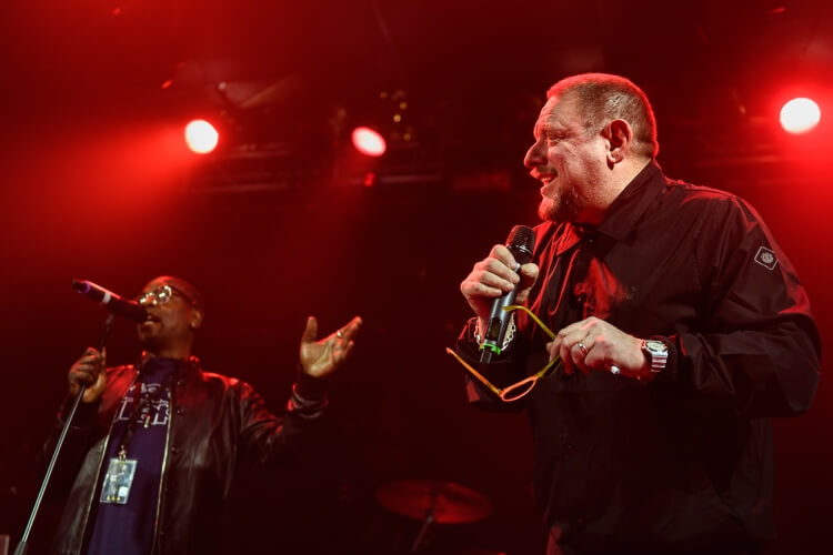 Black-Grape-Electric-Ballroom-071216-012-1-750x500.jpg