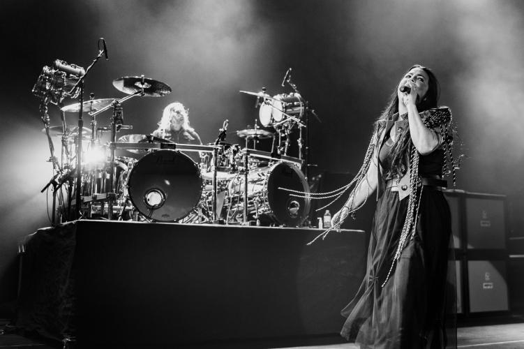 Evanescence-Hammersmith-140617-009-751x500.jpg