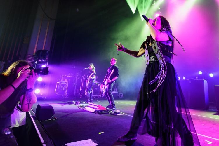 Evanescence-Hammersmith-140617-014-750x500.jpg