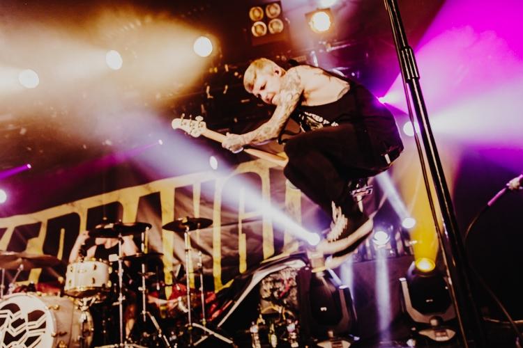 Kerrang-Tour-FOTF-19-750x500.jpg