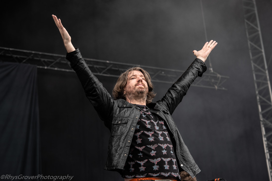 Embrace - Neighbourhood Weekender 2019